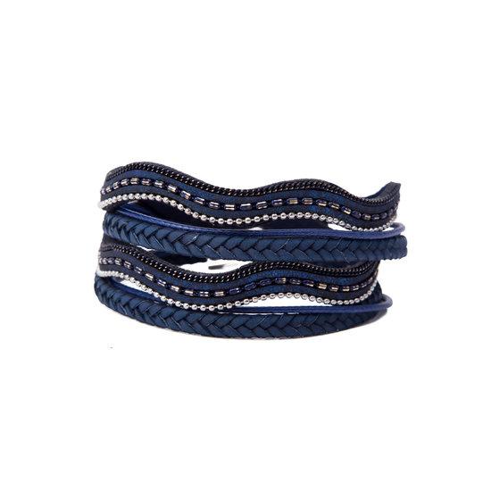8509003-wikkelarmband-met-magneetsluiting-blauw