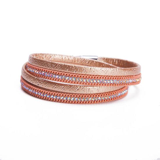8509005-wikkelarmband-met-magneetsluiting-goud