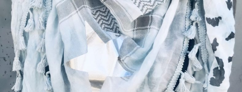 4150006 driehoekshawl blauw met zilveren ster
