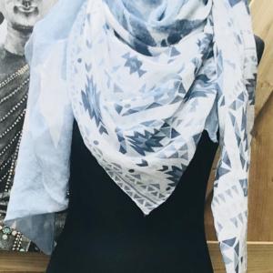 vierkante shawl jeansblauw 4 in 1 100% viscose