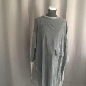 aparte jurk grijs fijne rib met strech stof gecombineerd