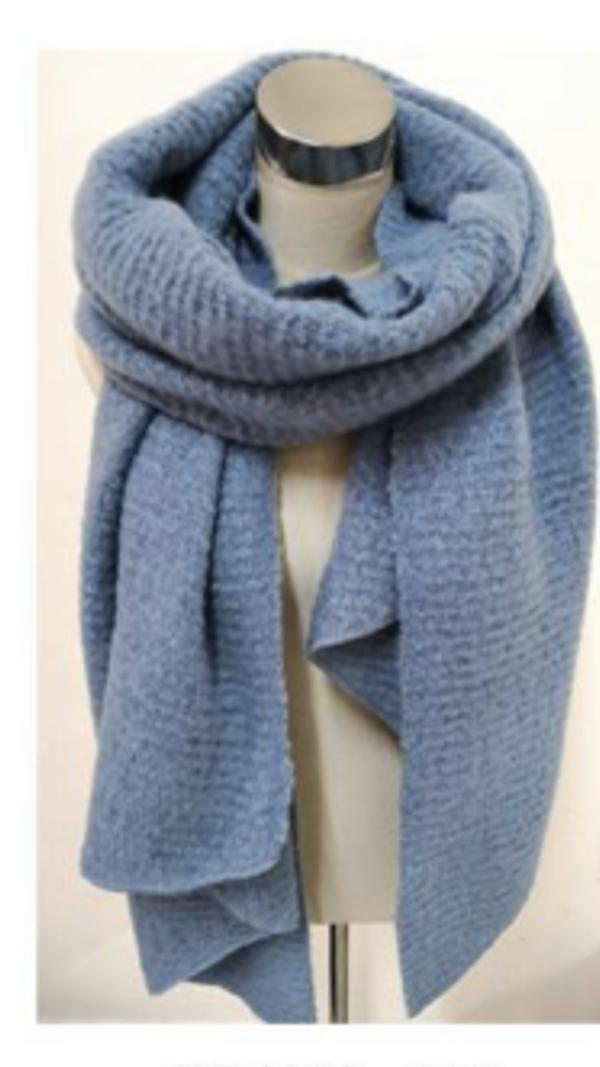 2115004 Mooie lange jeanskleur shawl